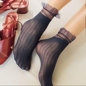 2/$15🎉NWT Sheer Navy Blue Striped Ruffle Socks
